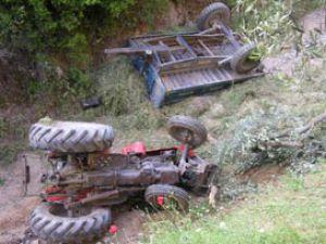 Traktörün altında kalan genç öldü
