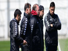 Konyaspor teknik heyeti analize boğuldu