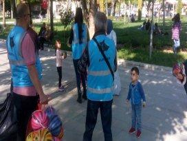 Kurt-Ar çocukları sevindirdi