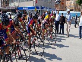 Ilgında kriteryum bisiklet yarışı