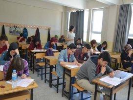 """Çumra'da """"Diriliş Gençliği"""" Sınav Heyecanı"""