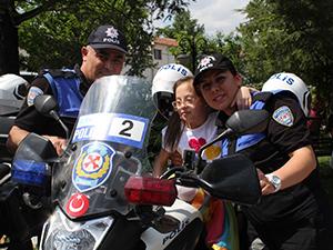 Konya polisi engelli vatandaşları unutmadı