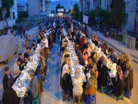 Geleneksel mahalle iftarları başladı