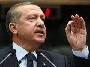 Türk bayrağının yanında ikinci bayrak istemeyiz