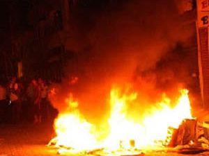Hatayda BDP binası tamamen yakıldı