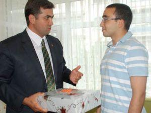 Başkan Kalaycı LYS Türkiye ikincisini ödüllendirdi