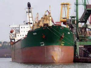 Türk gemisi serbest