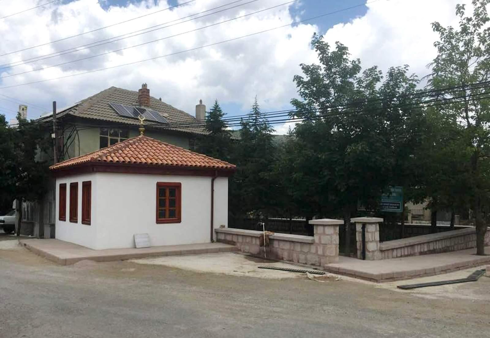Seydişehirde tarihi türbe restore edildi