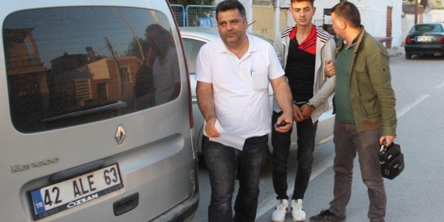 Konyada hırsızlık şüphelisi evine yapılan baskınla yakalandı