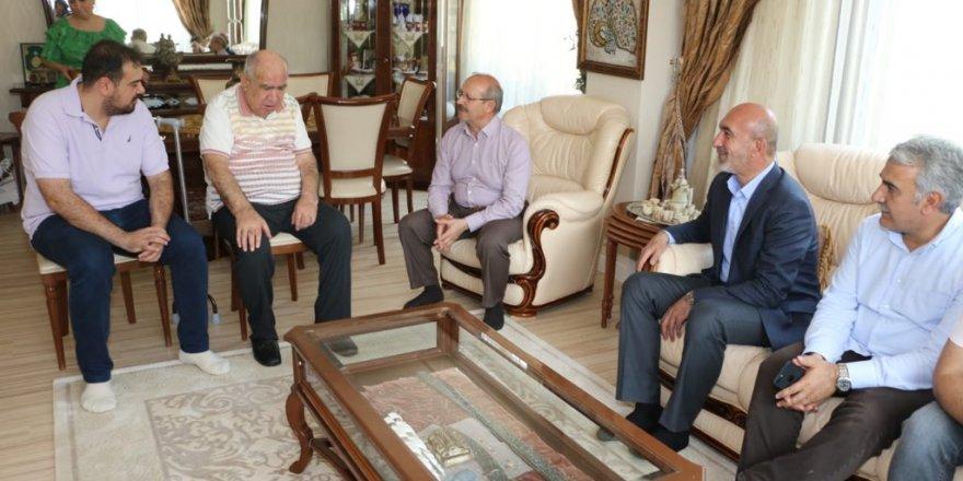 Ak Parti'den Haşim Bayram'a ziyaret