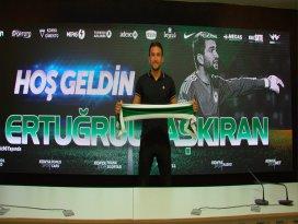 Ertuğrul Taşkıran resmen Konyasporda