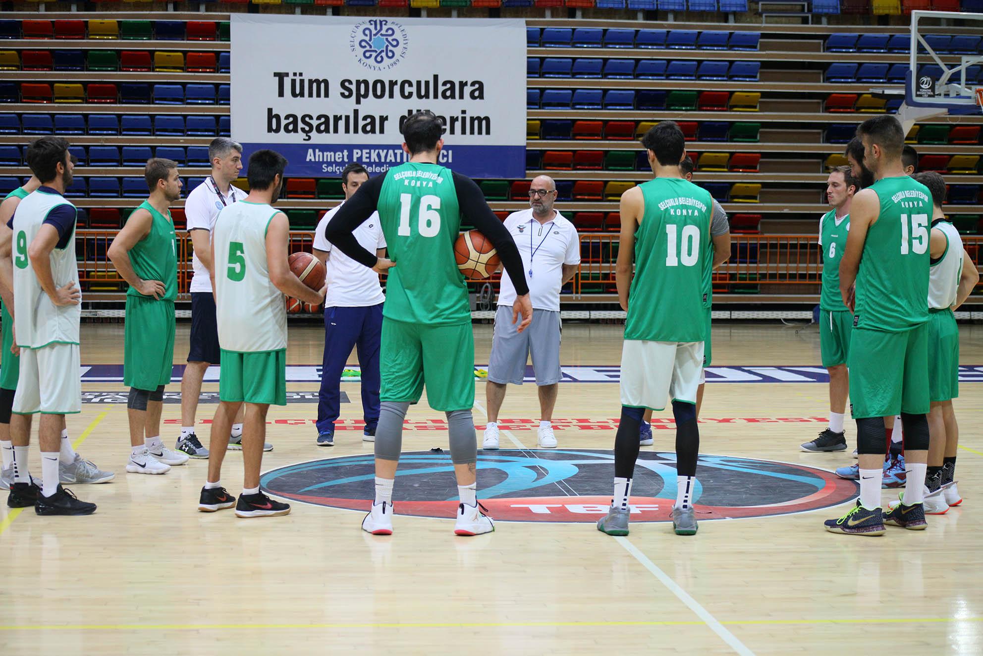 Selçuklu Basket kampa giriyor
