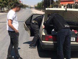 Konya narkotik polisinden okul çevresinde uygulama