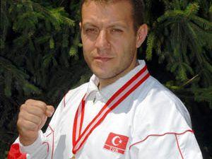 Wushu Şampiyonasında Altın Madalya