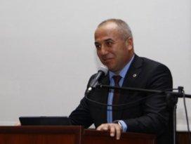 Eski rektör yardımcısı YHT kazasında yaşamını yitirdi