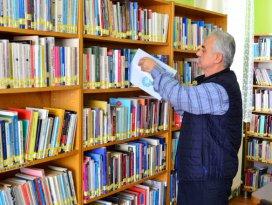 Sarayönü Halk Kütüphanesine yoğun ilgi