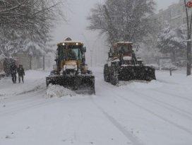 Karla mücadele çalışmalarına devam ediyor