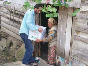 Karapınarda 400 aileye yiyecek yardımı