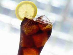 1 bardak kola 1 saatte vücütta neler yapıyor?