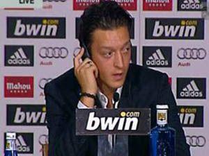 Mesut Özil Real Madride imza attı
