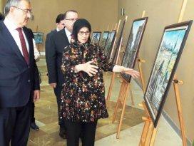 Fatma Kırdar 16.kişisel resim sergisini Selçuk Üniversitesinde açtı