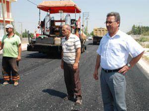 Hançerli asfalt çalışmalarını yerinde inceledi