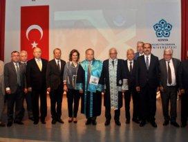 NEÜ'den Mustafa Sonay Gürgen'e fahri doktora unvanı verildi