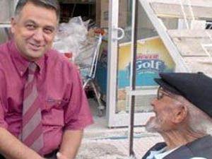 96 yaşındaki Ömer Dedenin Bakandan istediği
