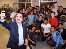 Başkan Altay, öğrencilerin sahur bereketine ortak oldu