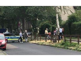 Almanya'da oyun alanında patlamamış bomba bulundu