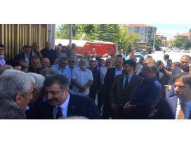 Bakan Koca Konyada yengesinin cenazesine katıldı