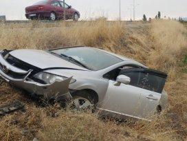 Seydişehirdeki 2 ayrı kazada 4 kişi yaralandı