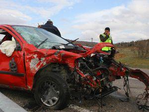 Konyada feci kaza: 4 ölü 1 yaralı