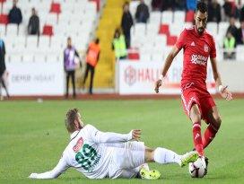Konyaspor, sezonun formda takımı Sivasspora karşı