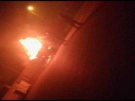 Konyada park halindeki kamyon yandı