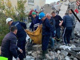 Arnavutlukta 6,4 büyüklüğünde deprem: 7 kişi öldü