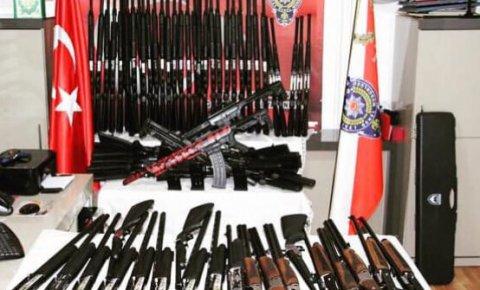 Doğanhisarda silah kaçakçılığı