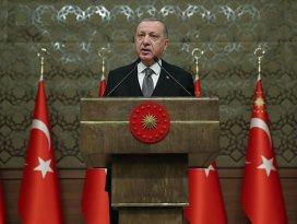 Erdoğan: 200-250 bin mülteci sınırımıza doğru hareket halinde