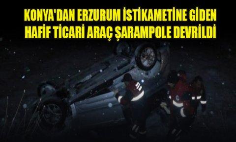 Konyadan Erzurum istikametine giden hafif ticari araç karlı yolda şarampole devrildi