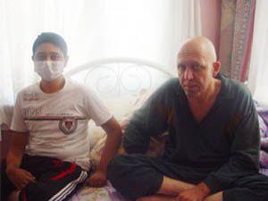 Baba ve oğlu kanserin pençesinde