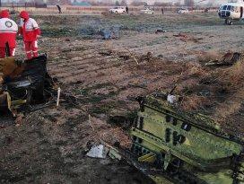 İran'da yolcu uçağı düştü! Kurtulan olmadı