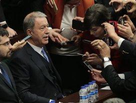 Bakan Akar: Libyada ateşkesi mutlaka sağlayacağız