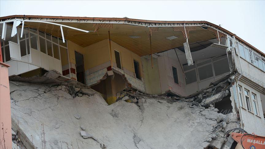Malatyada evi hasar gören veya yıkılanlara nakdi yardım ödemesi yapıldı