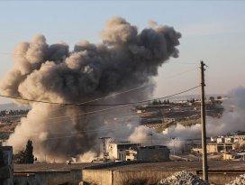 Esed rejimi ve Rusyadan İdlibdeki sivil yerleşimlere hava saldırısı: 13 ölü