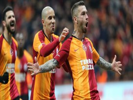 Galatasaray, şampiyonluk yarışına ortak oldu