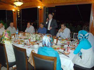 Meclis üyeleri ve başkanlara iftar