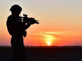 PKK/YPGli 2 terörist daha teslim oldu