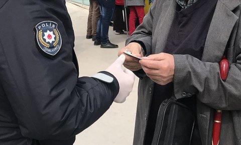 Konyada koronavirüs yasağına uymayan 4 kişiye 3 bin 200 lira ceza