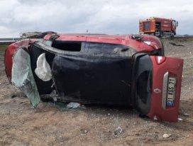 Konyada otomobil takla attı: 3 yaralı