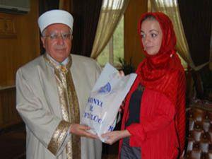 Ezandan etkilendi, İslamiyeti seçti
